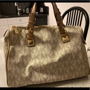 Michael kors large satchel